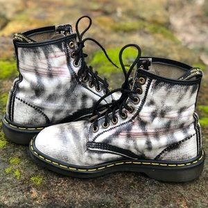 Dr Martens Made in England Gorgeous leather boots